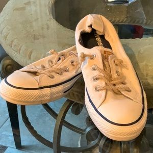 Converse slip on all stars sneakers sz 9 worn once